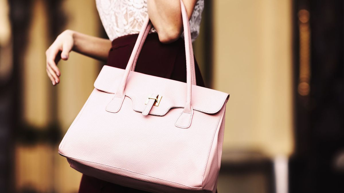 The Perks Of Being A 'Big Purse' Person