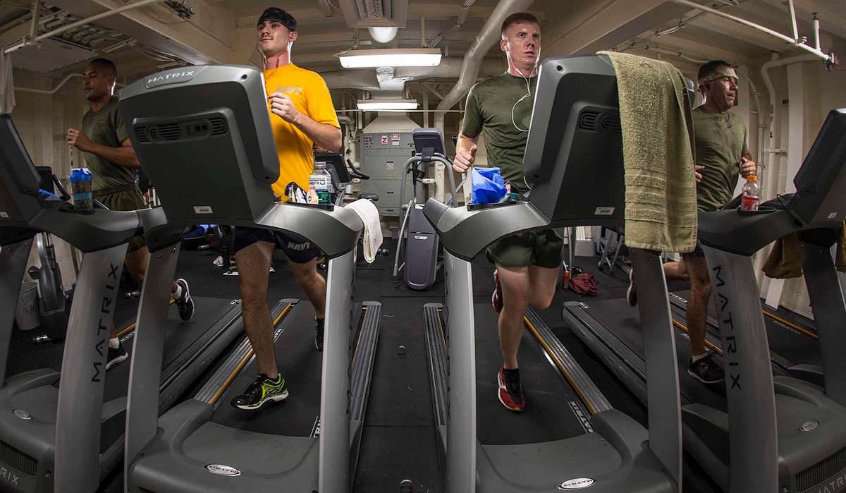 12 Thoughts Running-Haters Have While On The Treadmill
