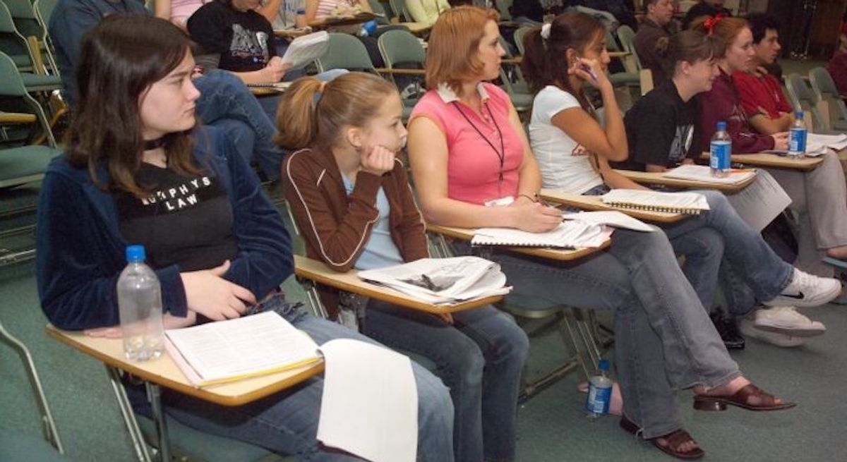 20 Little Things In High School That Get Major Changes In College