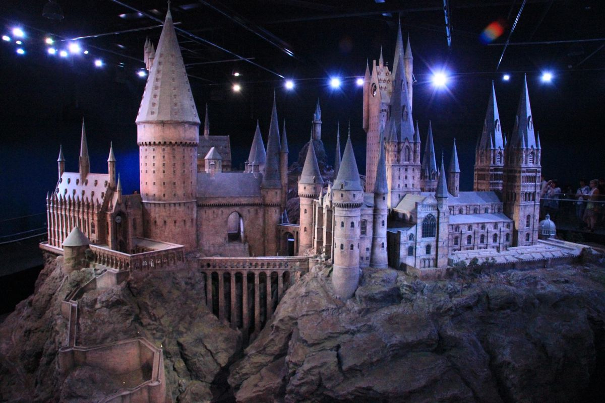 Harry Potter Is Coming Out With A New Game And I Am Pumped About It