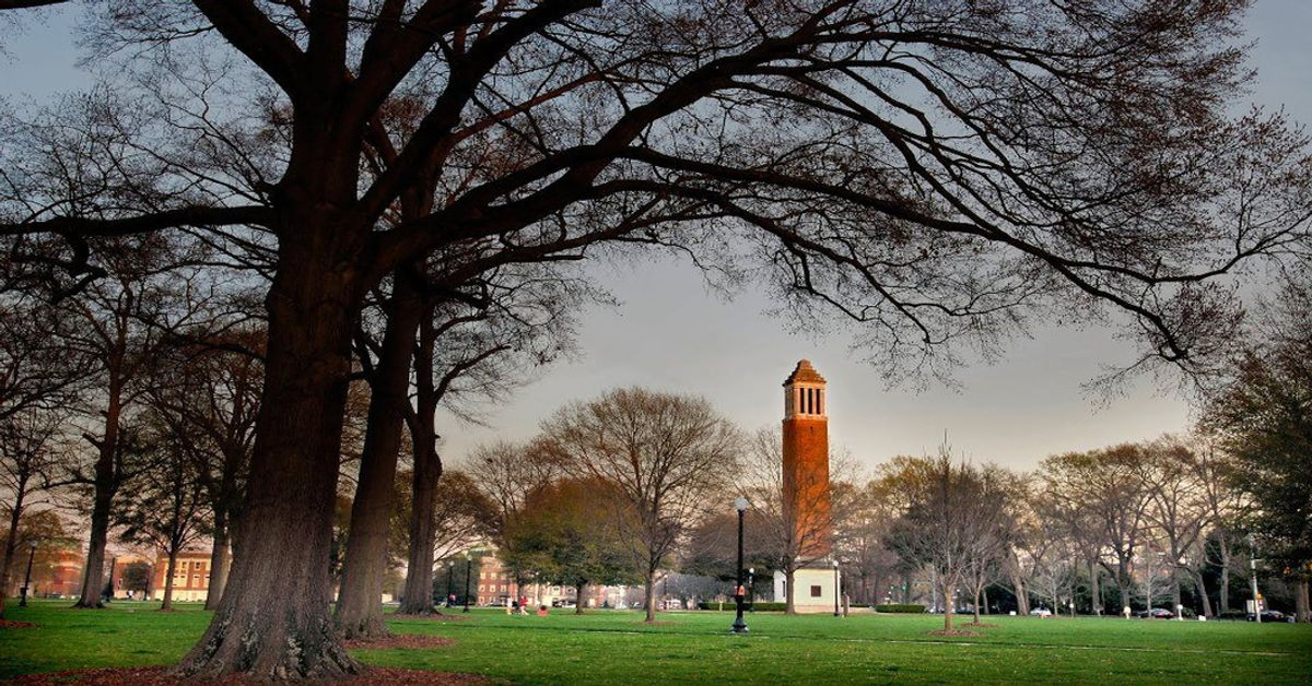 10 Things Every Alabama Student Sees On The UA Quad Every Single Day