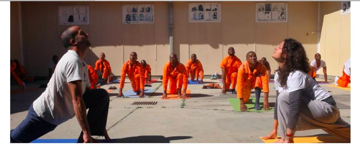 Bringing Yoga To Prisons Might Fix Our Broken System In 3 Different Ways