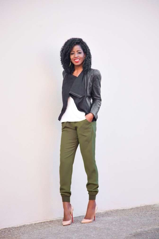 fa6096dc92 What to wear to a baby shower—whether you re a guest or the mama-to ...