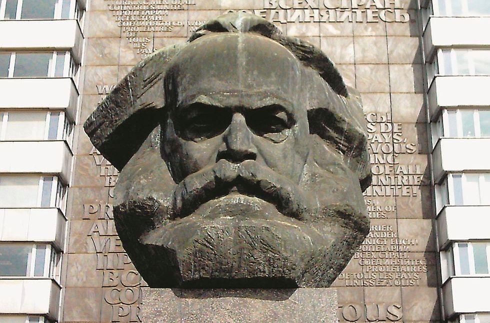 «La sinistra divenuta globalista rilegga i libri di Karl Marx»