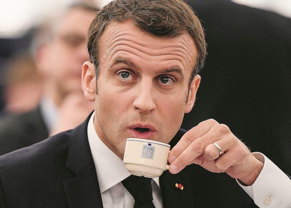 L'europeismo di Macron: «Siamo in guerra»