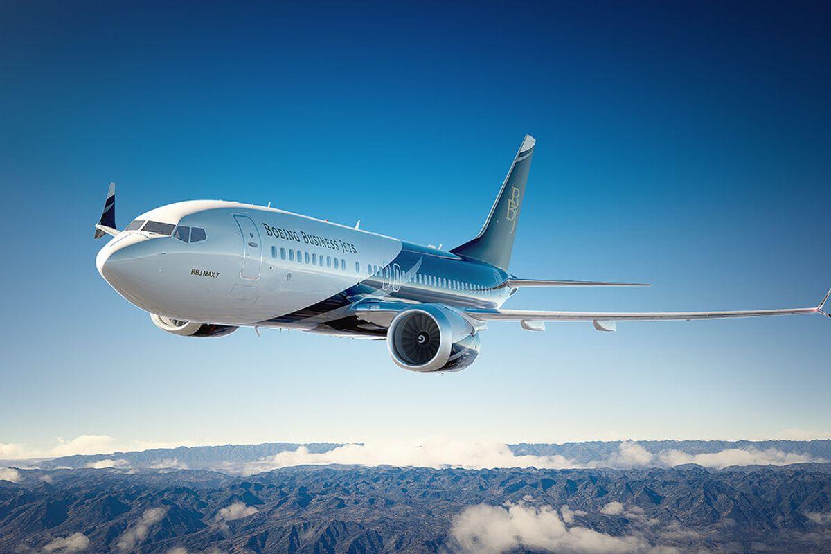 Il settore aeronautico prende il volo grazie ai venti di guerra e al turismo