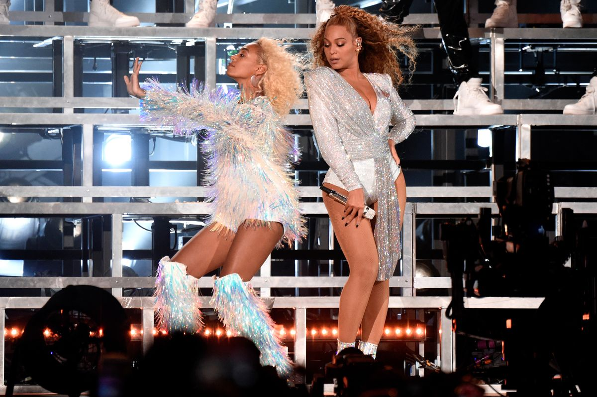 Beyoncé and Solange Fell Down at Coachella and Still Made It Look Chic