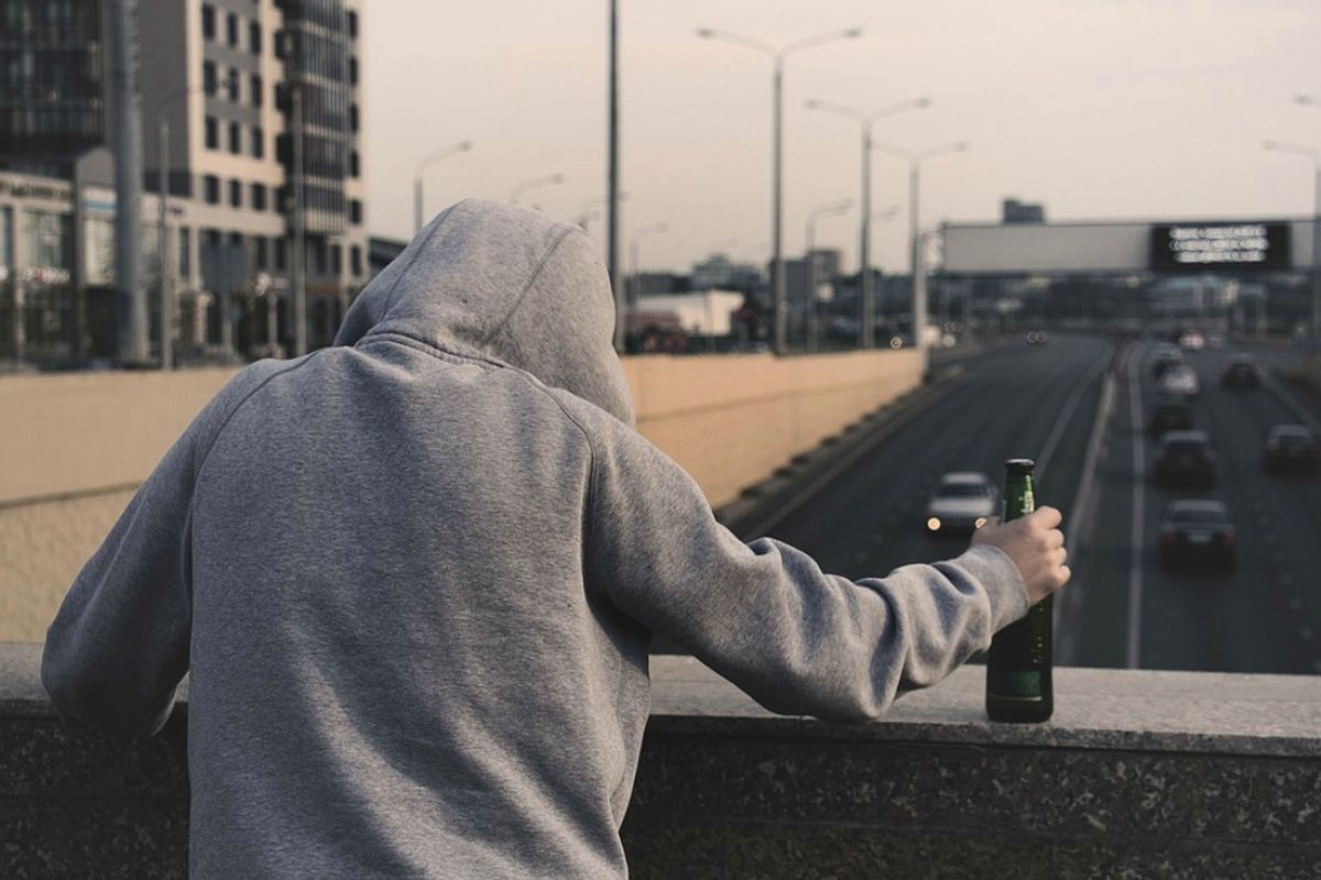 Of Course Drinking Is NOT The Right Way To Deal With Depression