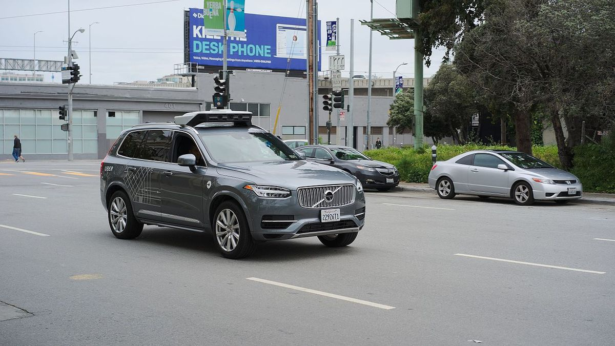World's First Self-Driving Fatality Raises Concerns