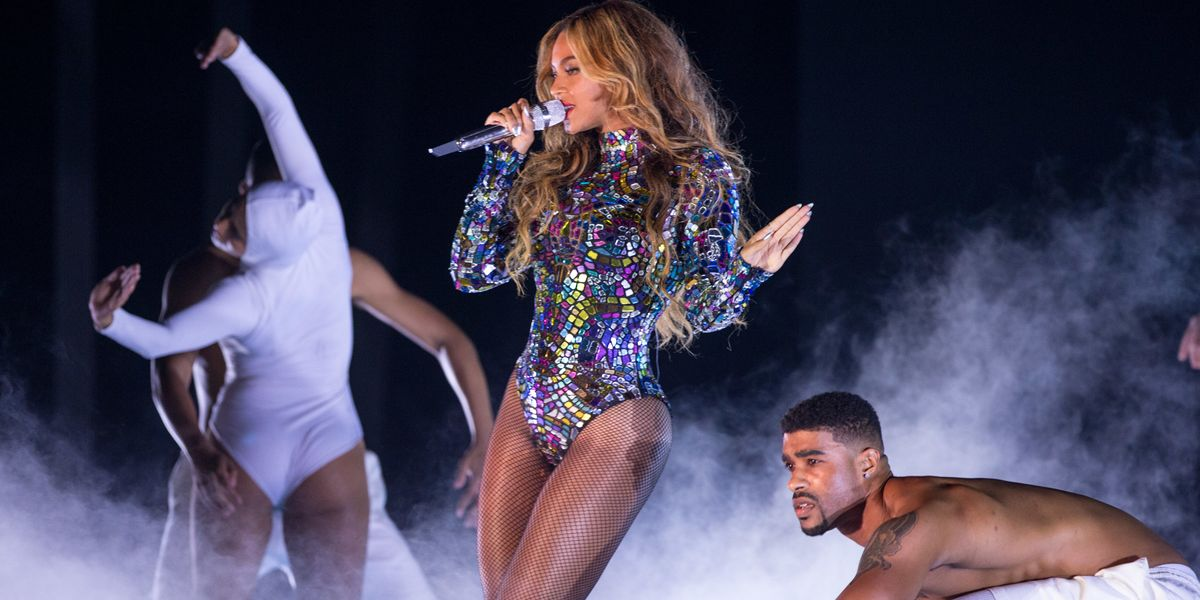 Beyoncé Hires 100 New Dancers a Week Before Coachella