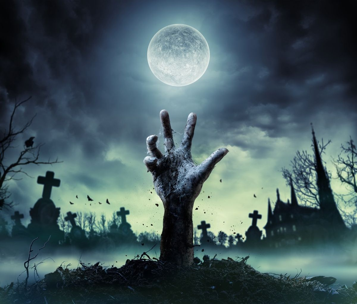 5 Spooky Movies for An Eerie Night In