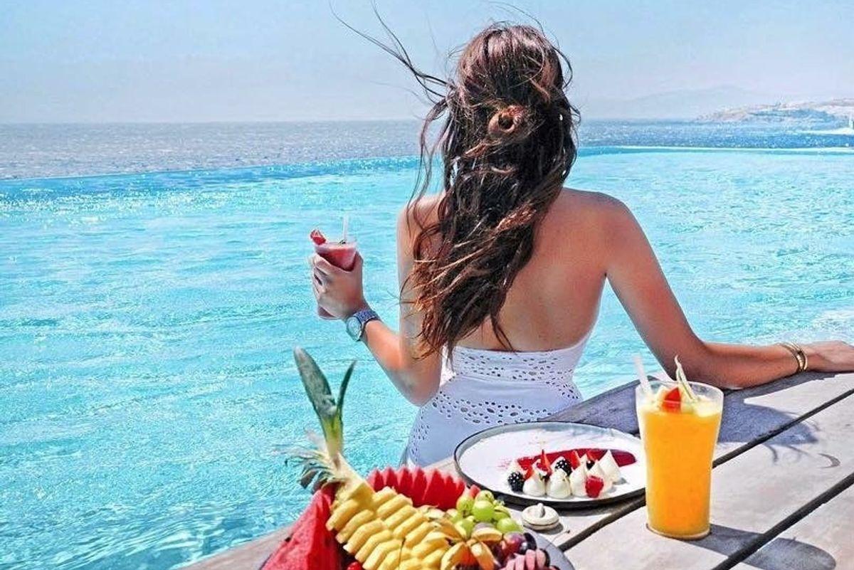 Nove trucchi per prenotare una vacanza di lusso a prezzi dimezzati