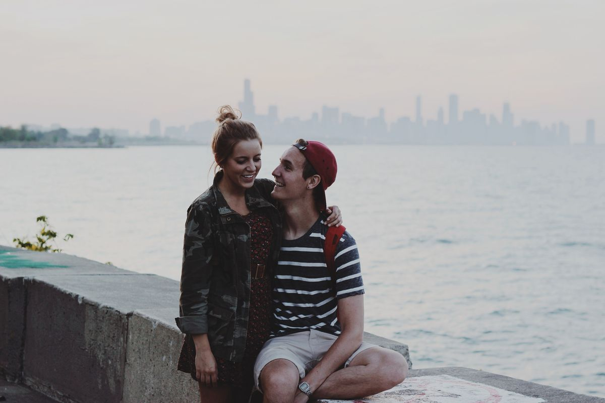 Yes, I Am The 'Relationship Type,' But That Doesn't Mean I Can't Handle Being Alone