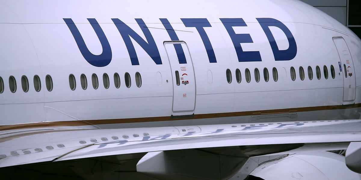 Nigerian Family Sues United Airlines After Getting Kicked Off a Flight for 'Pungent Odor'