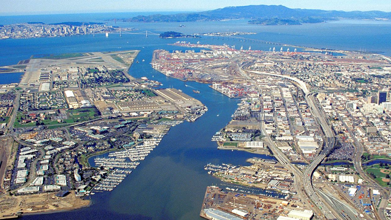 Oakland's Ban on Coal Shipments Overturned by Judge