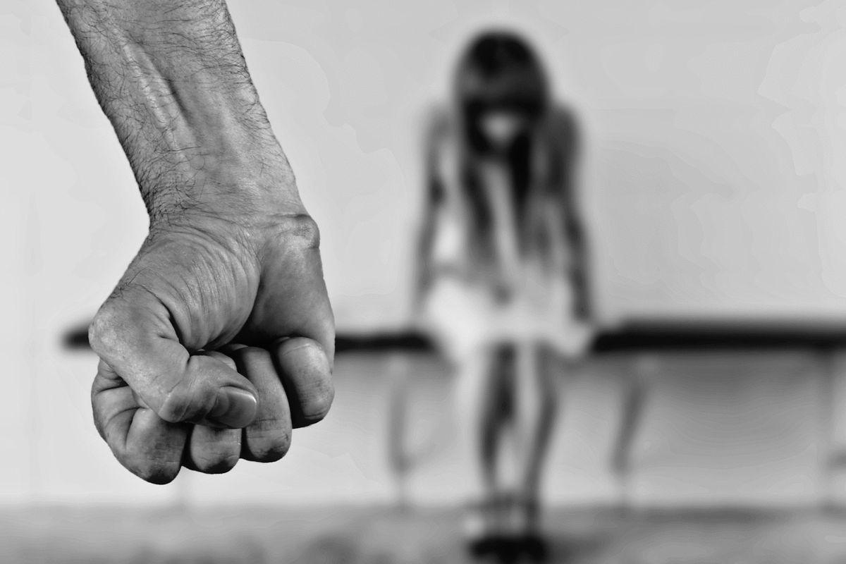 Le banlieue degli abusi: Parigi è capitale anche delle violenze sessuali
