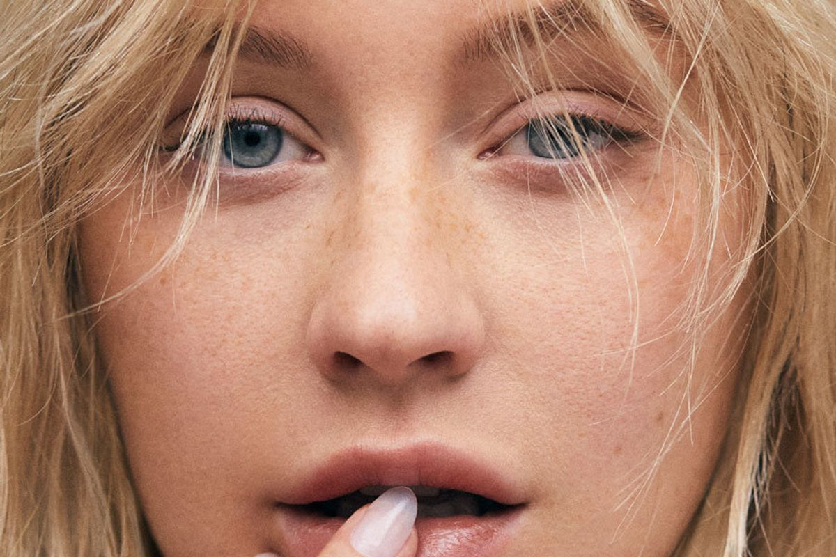 Christina Aguilera Debuts Kanye West-Produced 'Accelerate'