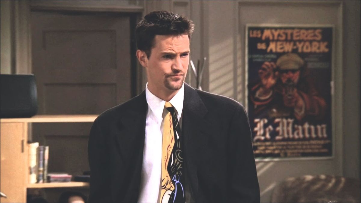 28 Chandler Bing One-Liners Any Self-Respecting 'Friends' Fanatic Can Recite On Spot