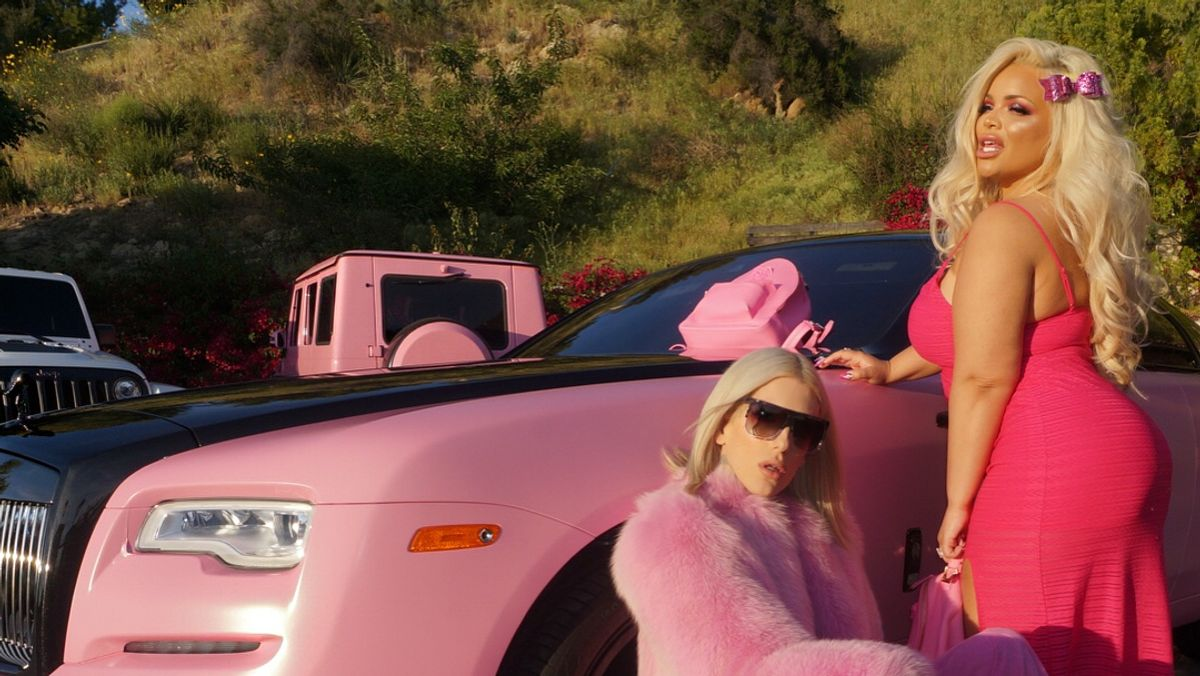 Trisha Paytas And Jeffree Star Are THE Definition Of ~Extra~ And I'm Here For It