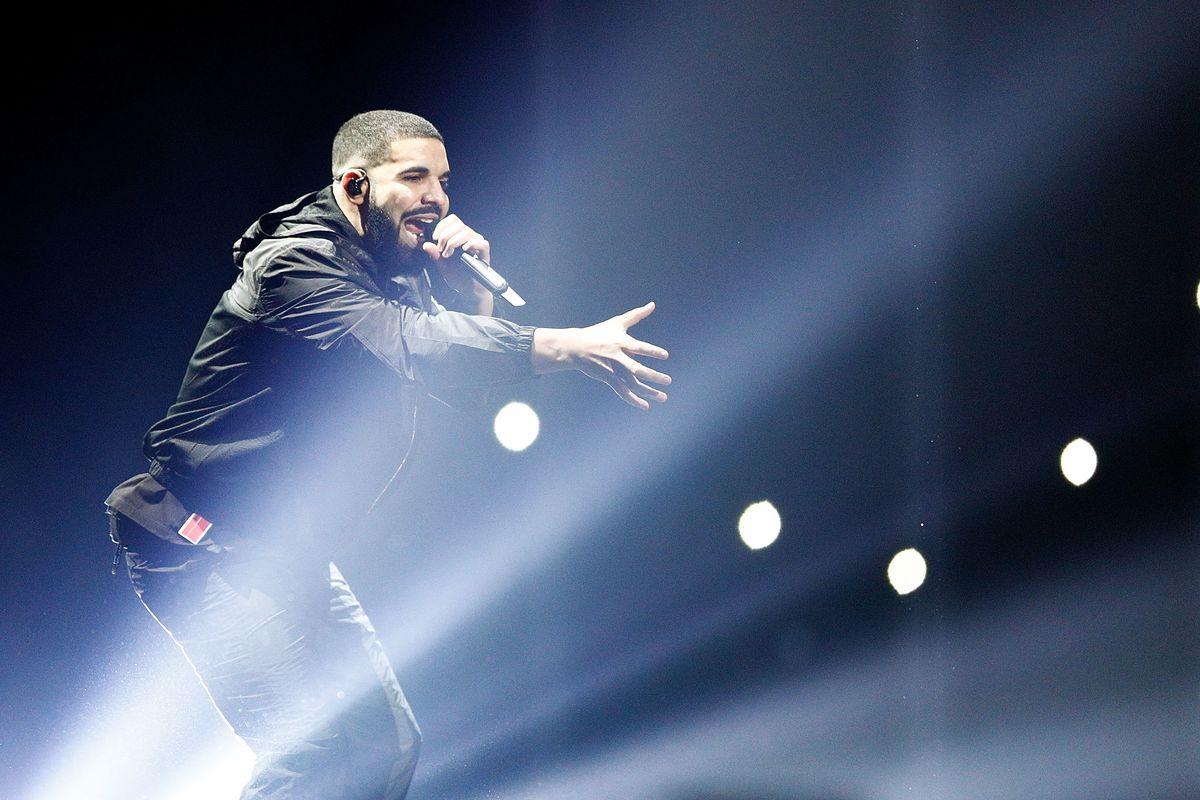 Living Meme Drake Drops a Diss Track Against Pusha-T and Kanye