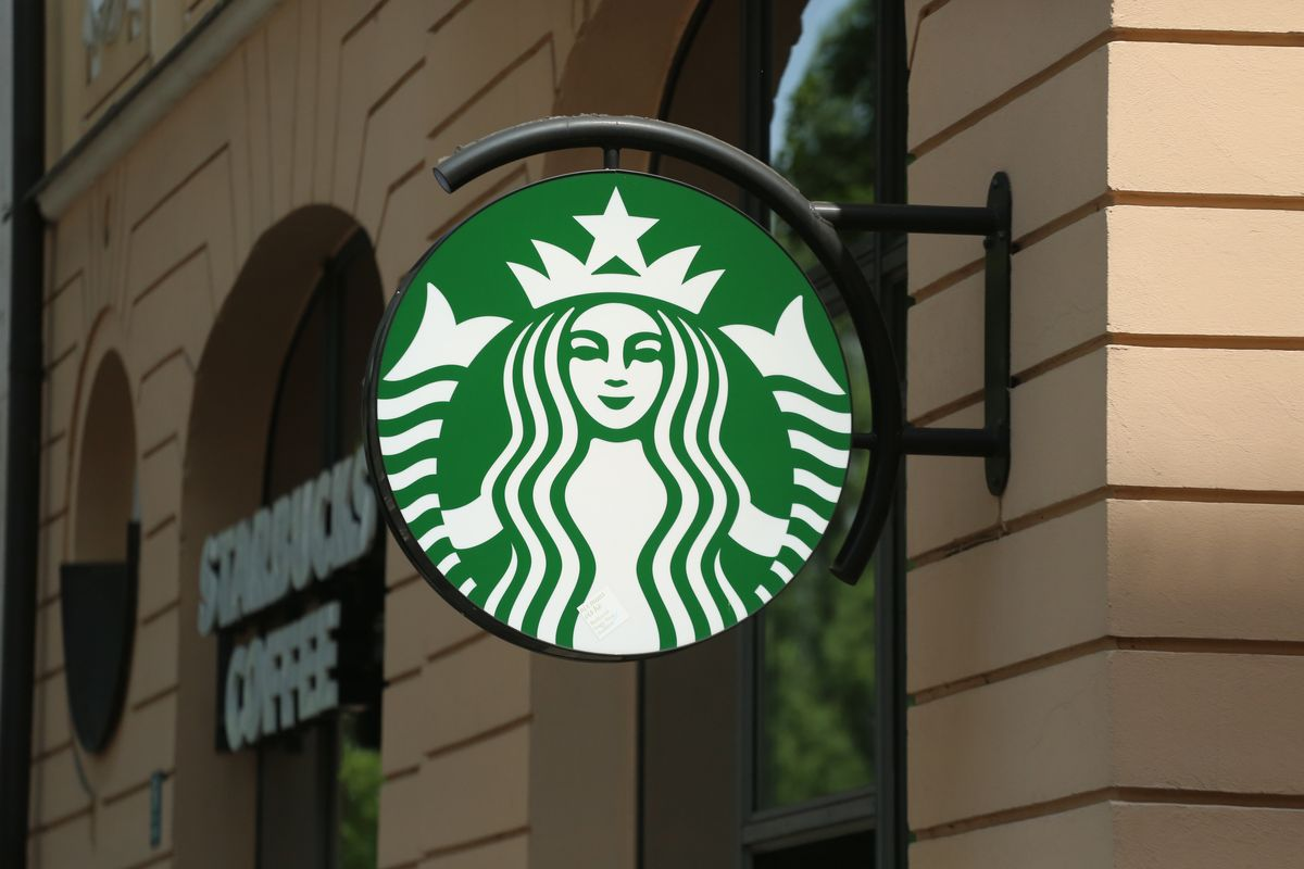 Starbucks Opens Its Restrooms to Non-Customers
