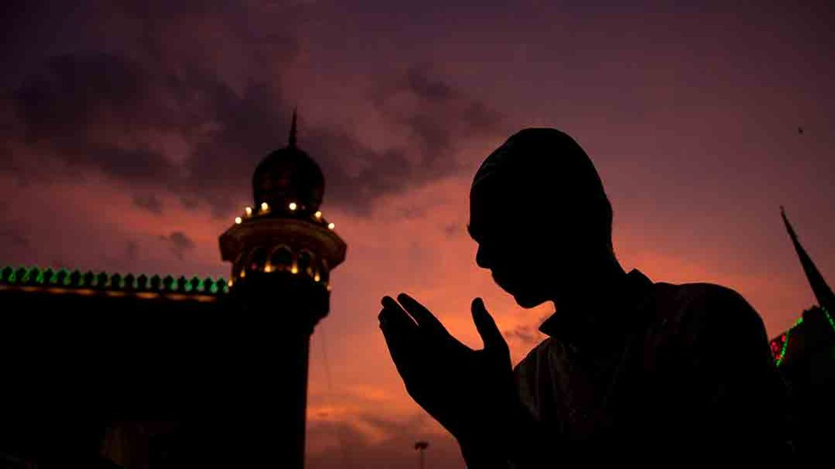 5 Questions Not to Ask Your Muslim Friends During Ramadan