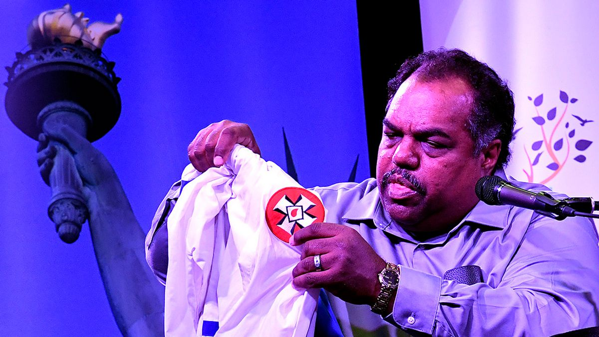 Daryl Davis Sets An Example For How We Should Interact With People That We Don't Understand