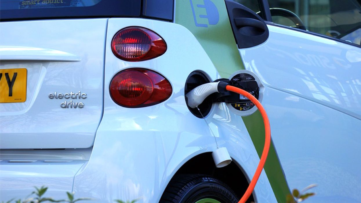 World's Largest Battery and Rapid-Charge Network Launches to Accelerate EV Adoption