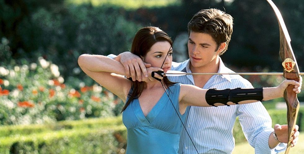 Anne Hathaway and Chris Pine in 'The Princess Diaries 2: Royal Engagement.''