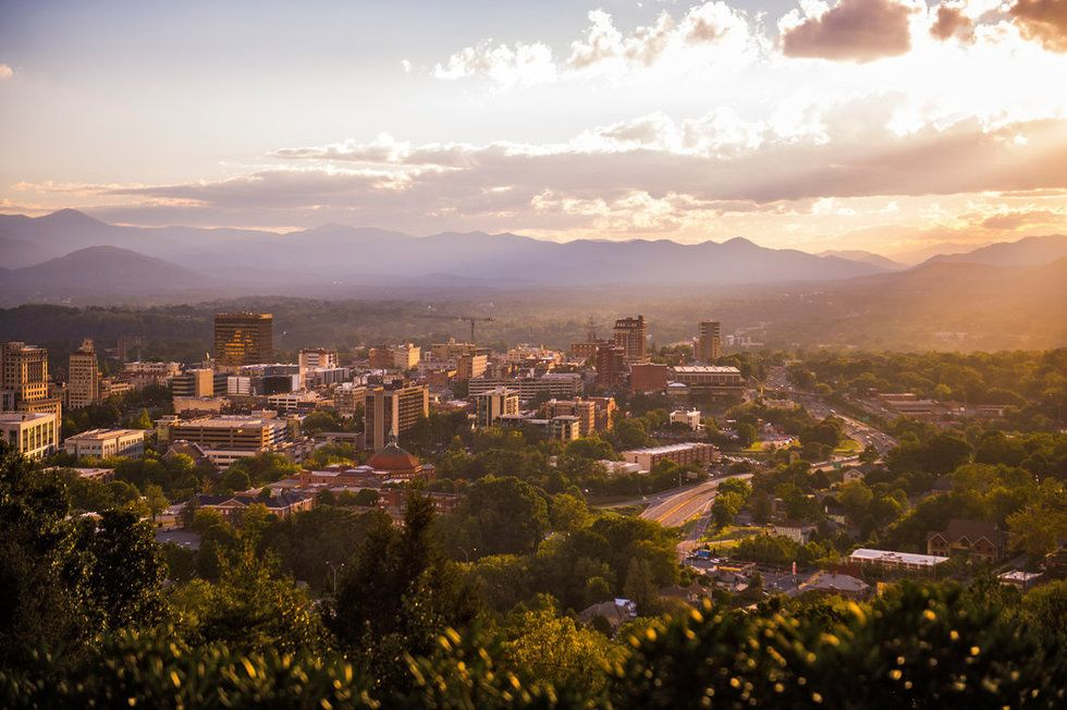 Travel Guide Southern Cities Asheville North Carolina