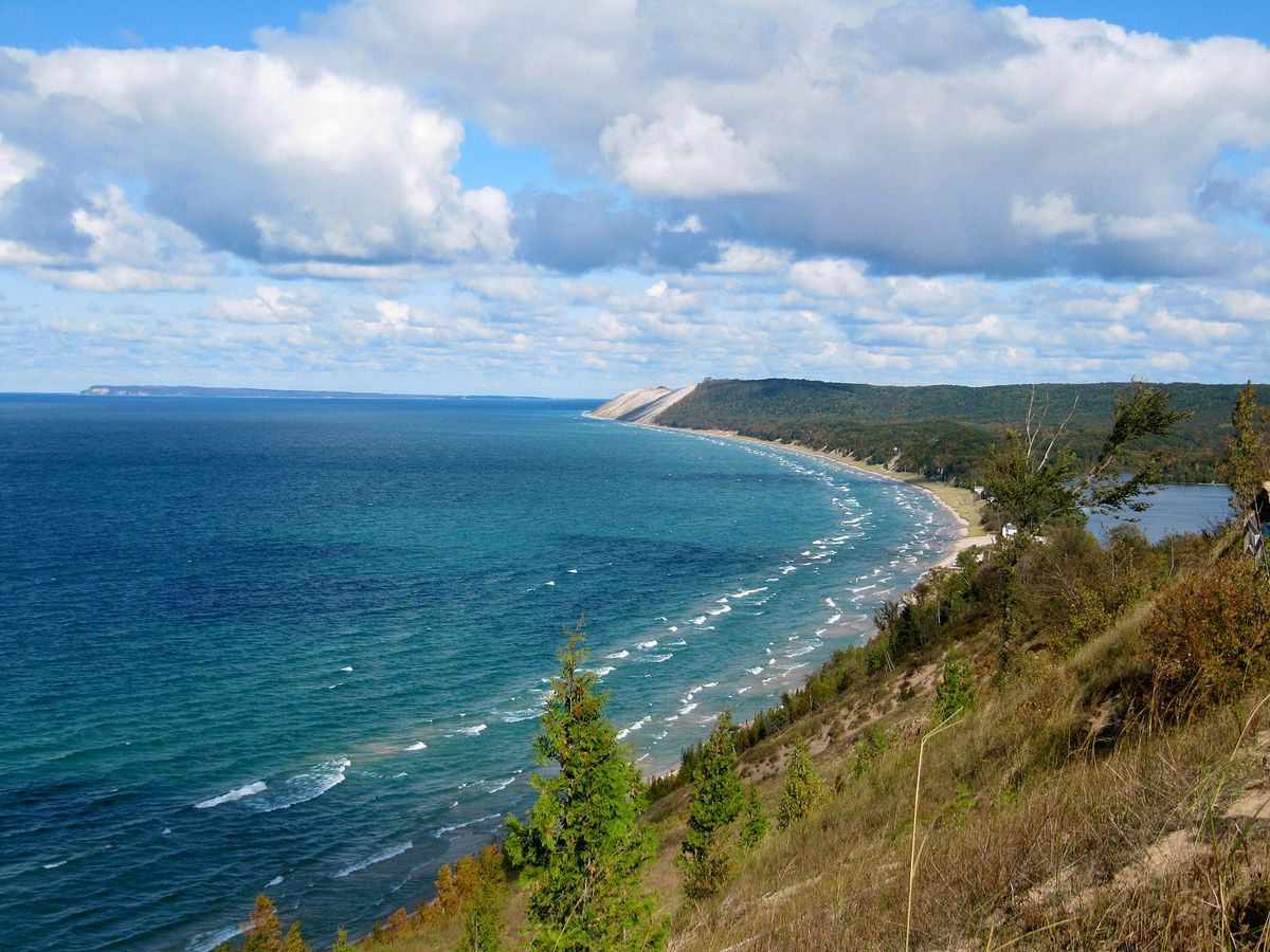 The Ultimate Summer Bucket List For True Michiganders