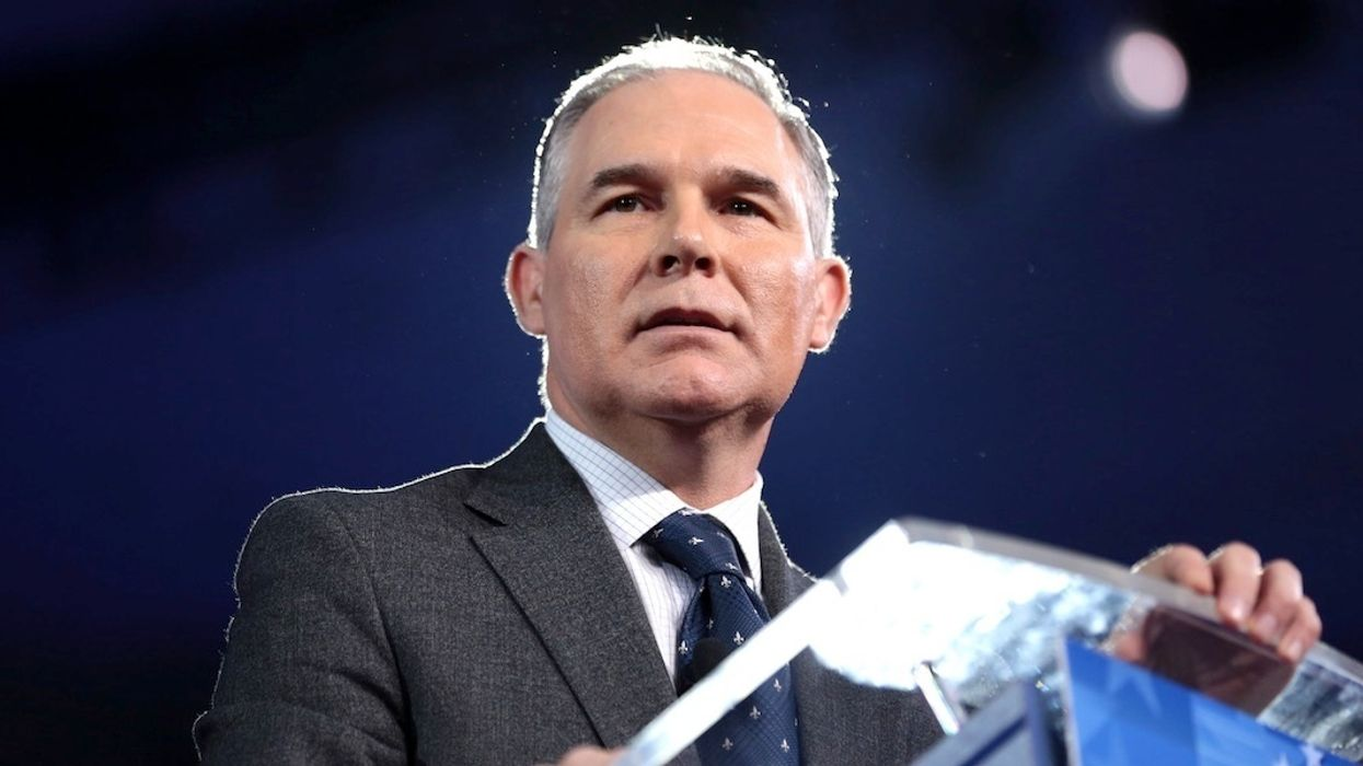 Pruitt Ordered Staff to Delay FOIA Requests, Top House Dem Says