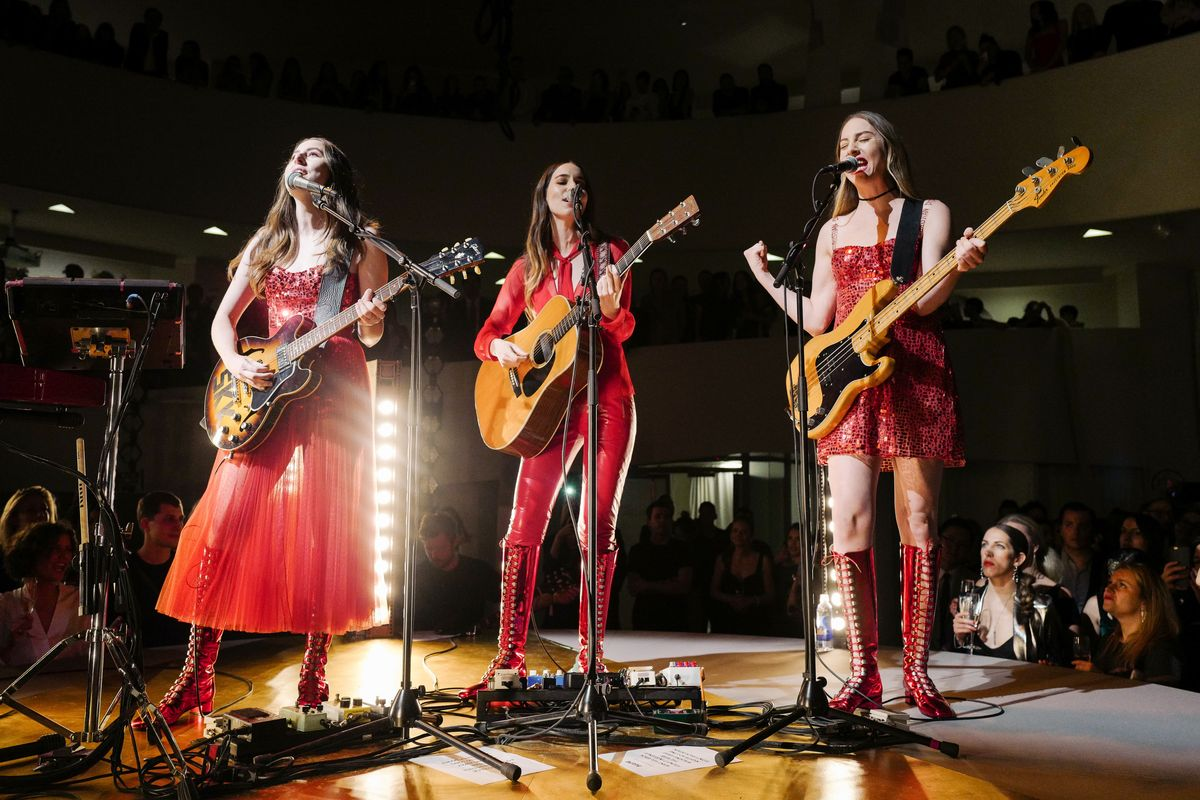 HAIM Fired Their Agent After Being Paid Less Than Male Artists
