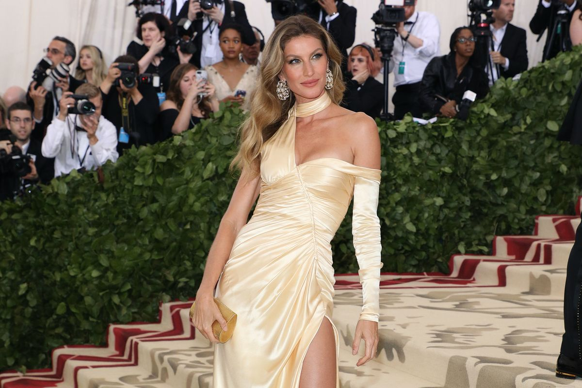 Giselle Apologizes for Comment About Instagram Models