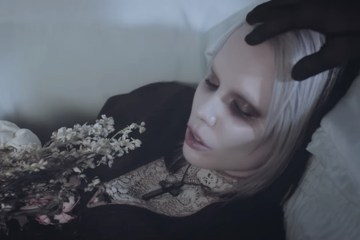 Alice Glass Regains Control After an Abusive Relationship