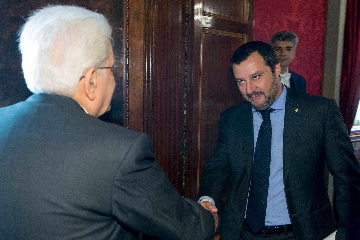 Dai giudici che lo hanno inguaiato arriva un aiuto insperato a Salvini