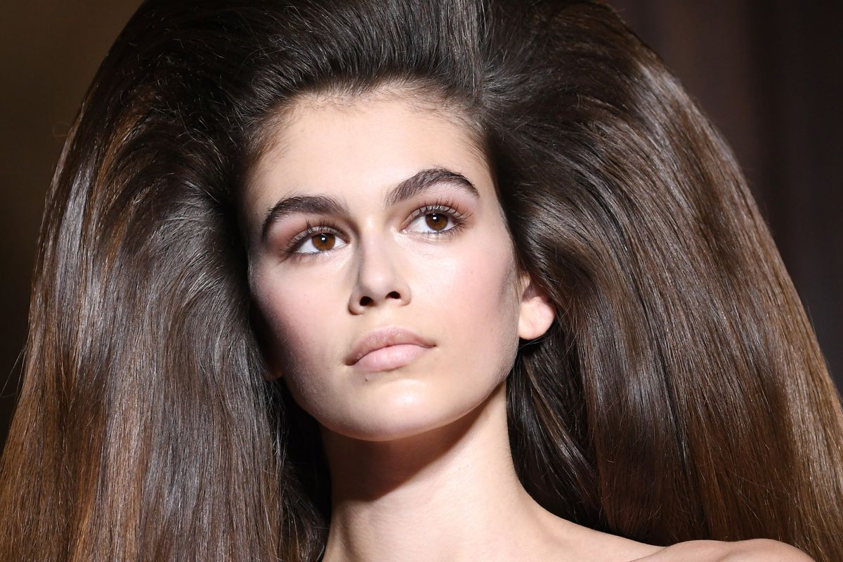 Kaia Gerber's Hair at Valentino Is Full Of Beauty Secrets