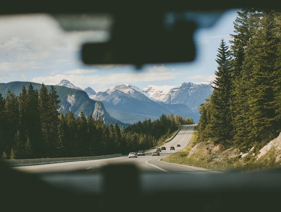 12 Ways To Pass Time on A Road Trip