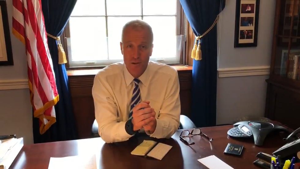 https://twitter.com/RepSeanMaloney/status/1012409246112198656?ref_src=twsrc%5Etfw%7Ctwcamp%5Etweetembed%7Ctwterm%5E1012409246112198656&ref_url=https%3A%2F%2Fnypost.com%2F2018%2F06%2F28%2Frep-maloney-calls-out-houses-policy-barring-funds-for-tampons%2F