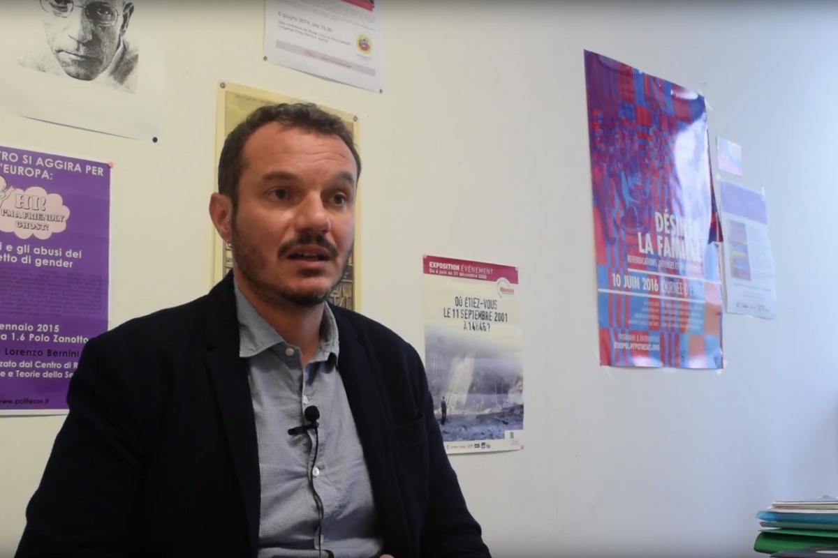 Il delirio queer del prof di Verona: «Uomo o donna? È solo convenzione»