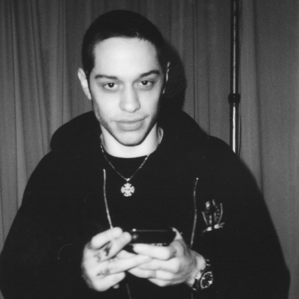 Your Fantastic, Awkward, Uncomfortable, And Enjoyable Family Reunion As Told By Pete Davidson Gifs