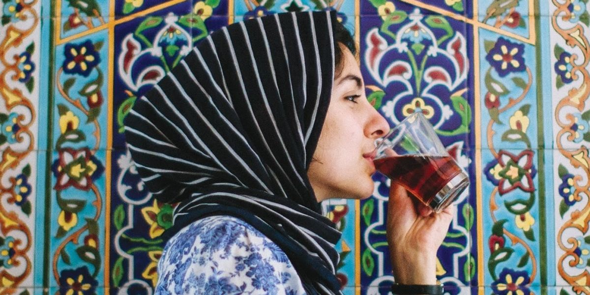 Hoda Katebi: Muslim Fashion Blogger, Designer and Activist