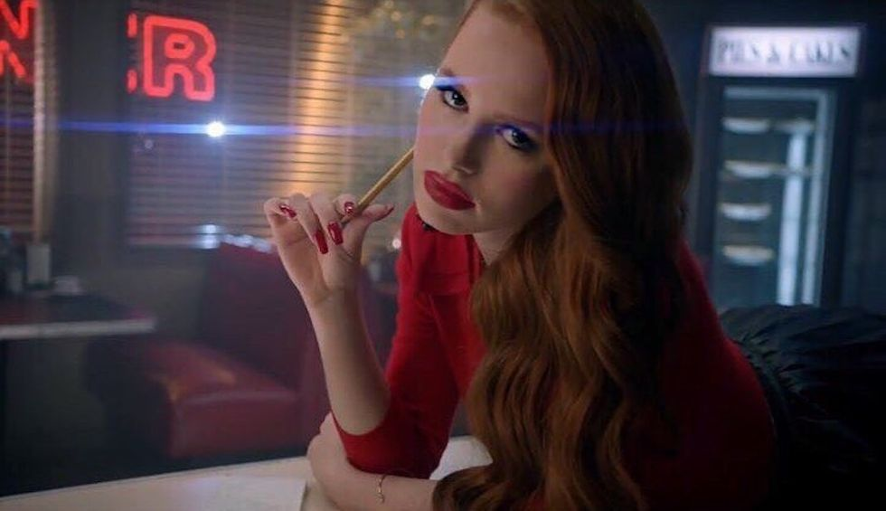 https://commons.wikimedia.org/wiki/File:Madelaine_Petsch_(35736267604)_(cropped).jpg