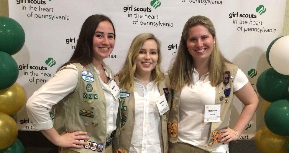 girl scouts posing
