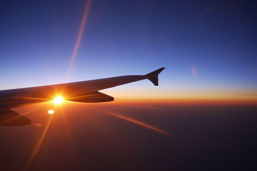 5 Tips for long plane journeys