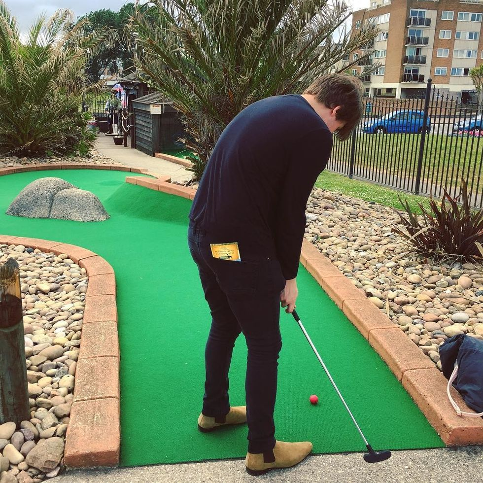 5 reasons why mini Golf is a Good first date