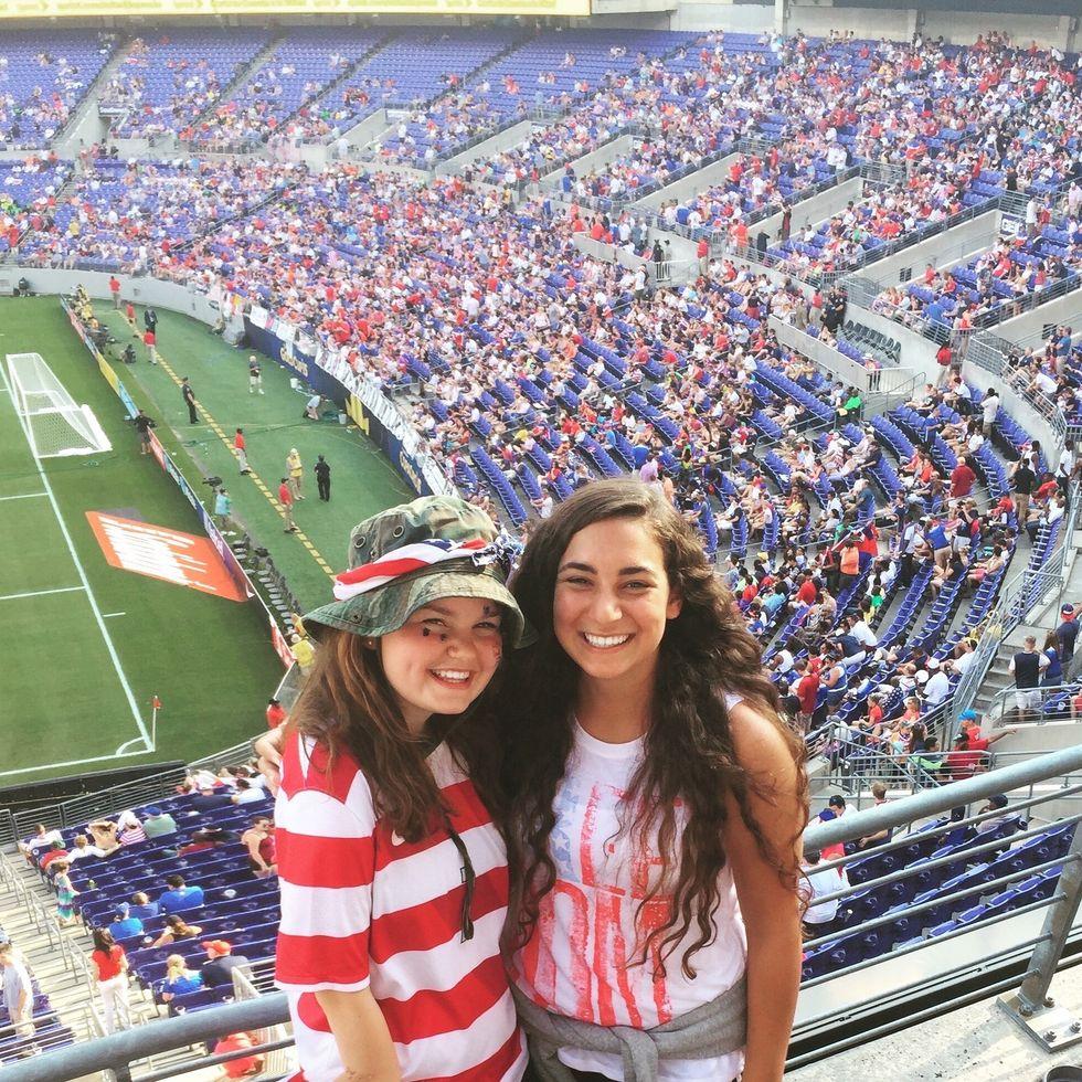 female american soccer fans