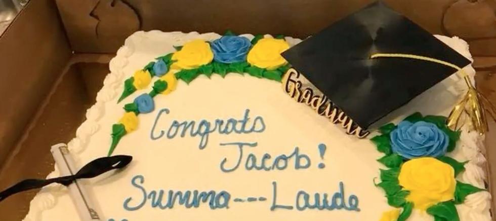 http://www.foxnews.com/food-drink/2018/05/22/south-carolina-grocery-store-censors-summa-cum-laude-on-graduation-cake-family-says.html