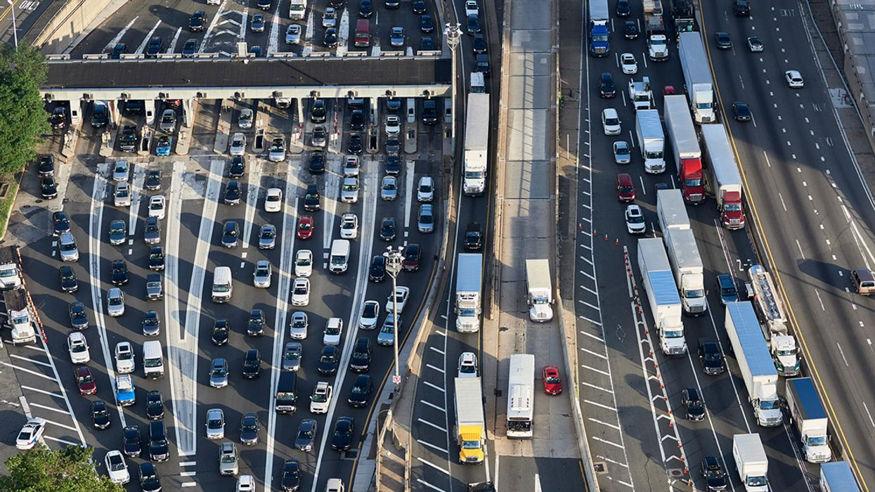 Feds: Fuel-Efficient Cars Put People at Risk