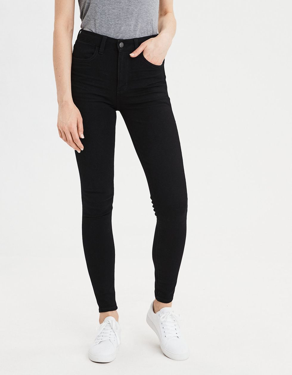 5a009f1dcc0bd The only pair of postpartum jeans you need 🙌 - Motherly